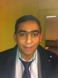 Salah <b>Ben Mohamed</b>, 43 ans, actuaire, passionné de sciences économiques, <b>...</b> - 15-Ben-Mohamed-e1391166556586