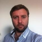Frédéric Bourdon, 33 ans,, professeur d'EPS, nouvel habitant, président d'association et de conseil syndical, passionné par l'histoire de Vitry, quartier des bords de Seine